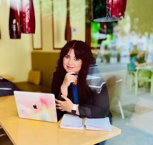 La importancia de contratar un Community Manager, por 3G Social Media